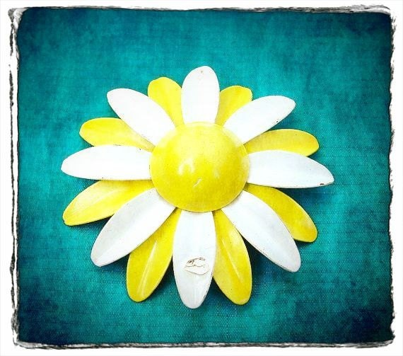 SALE Flower Brooch Vintage Enamel Nature Inspired Jewelry Lemon Yellow Wedding White Daisy