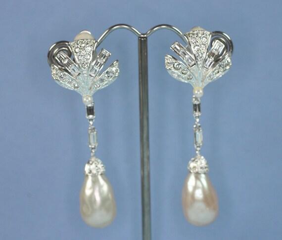 Vintage Carolee Earrings Faux Pearl Crystal Rhinestone