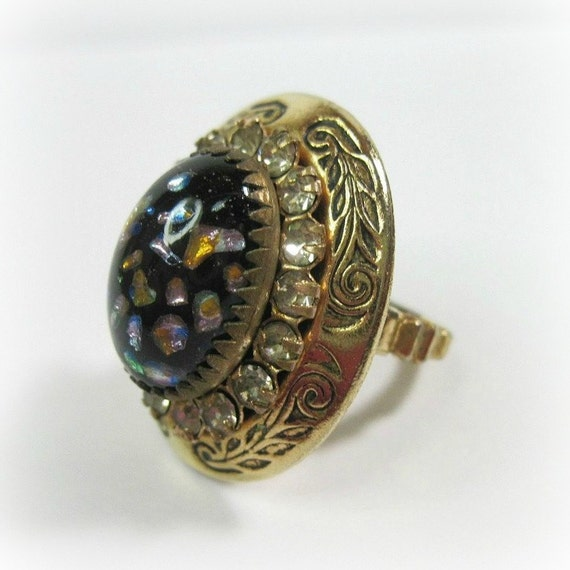 1930s Art Deco Ring Vintage Art Glass - Cocktail Ring - Costume - Statement Ring - Multicolor - Size 5