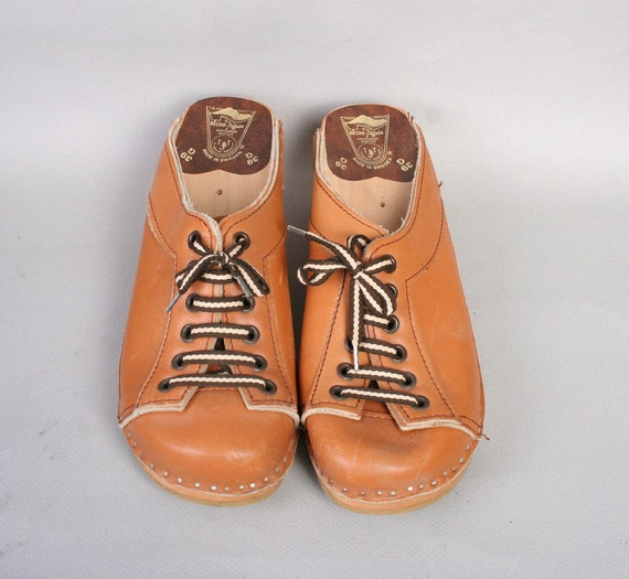 1970s LACE-UP CLOGS / Swedish Tan Brown Leather Wood Shoes, 8.5-9
