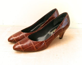 Vintage 1980s Joyce Shoes Faux Alligator Embossed Print High Heels 7.5