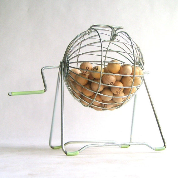 Metal Bingo Cage With Wooden Bingo Numbers