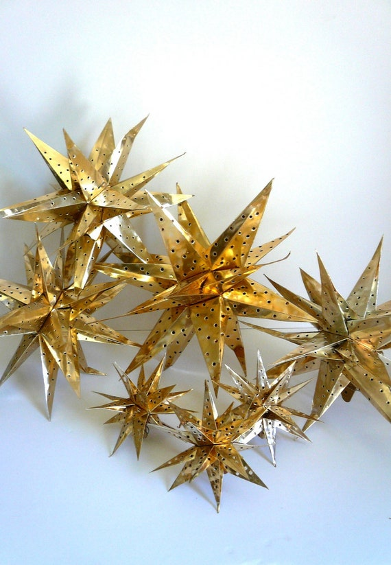 Vintage Christmas Mid Century Ornaments Gold Foil Moroccan Stars (7)