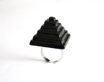 Pyramid Ring Ceramic Ring  - big ring, black ring, ceramic jewelry, cocktail Ring, handmade ring by StudioLeanne
