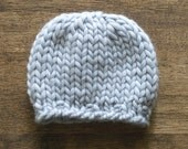 Jack Chunky Knit Beanie in Simple Blue Grey - Size 00 - Newborn Photo Prop - Fall Baby Boy Hat - Baby Boy Photography Prop