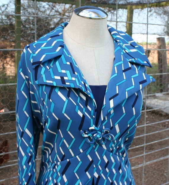 Project Manager - Mod Geometric Print Day Dress - 1970's Day Dress