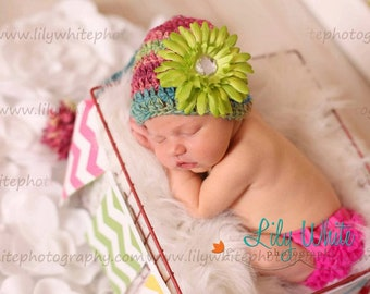 "HandSpun Girls Elf Newborn Photo Prop Hat - ""Sweet Spring"""
