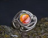 Amazing bright ammolite ring with elvin swirls