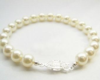 Pearl bracelet Swarovski pearl bracelet 8mm round ivory/cream pearls and silver plated filigree clasp