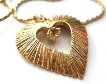 Vintage 80's Avon // Gold Heart Orange Rhinestone Necklace