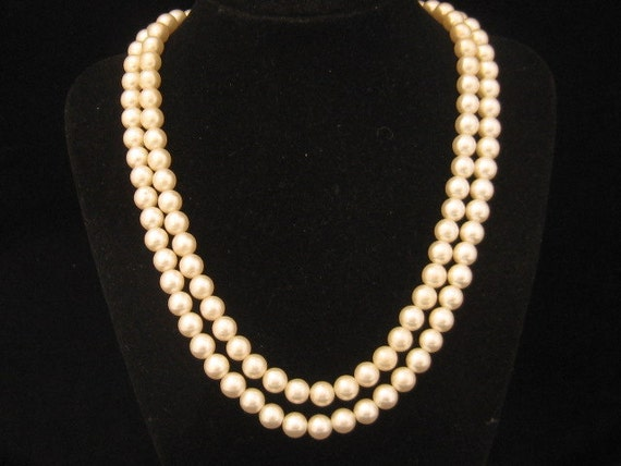 Vintage Glass Pearl 2 Strand Necklace Black Cabochon