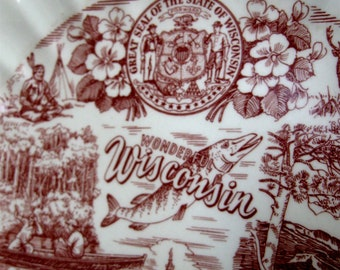 Vintage Wisconsin Plate Souvenir Collector Brown White 1950s