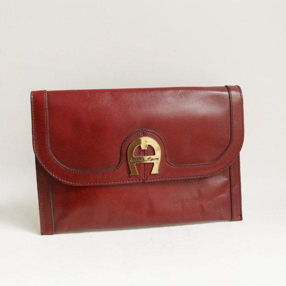 oxblood clutch / oxblood red leather clutch / Etienne Aigner clutch / 80s 1980s leather clutch purse / vintage purse