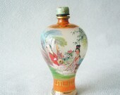 Chinese perfume bottle painted inside collectors vintage from the 80's