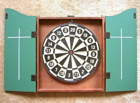 DART BOARD & Darts Wood Cabinet Case Wooden Wall Chest Score Board Indoor Set