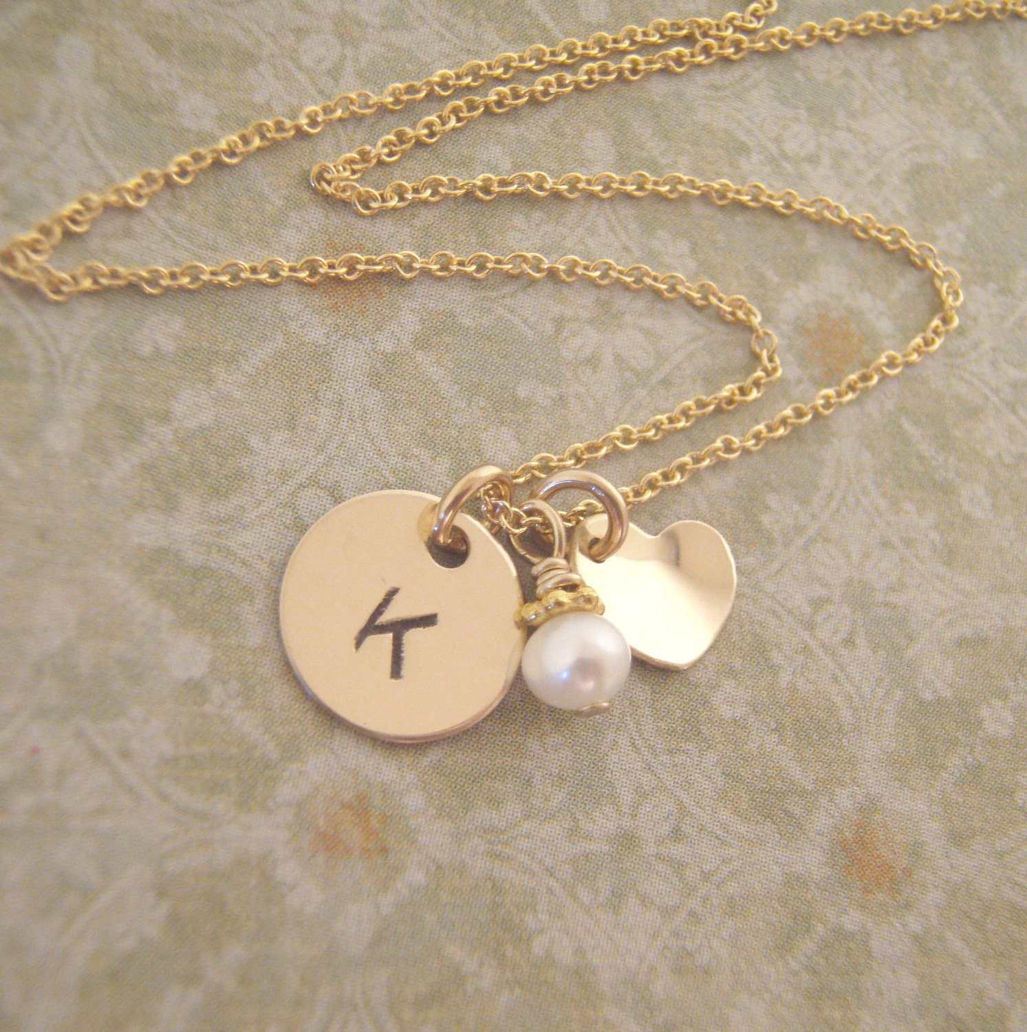 Little Girl S Initial And Heart Necklace Petite Gold