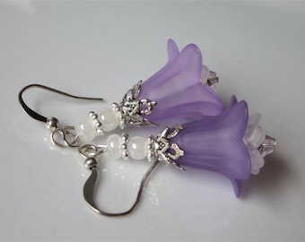 Lilac Flower Earrings, Lucite Light Purple and White, Antiqued Silver, Beaded Purple Dangle Earrings