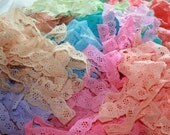 200 yards of assorted colors of vintage lace