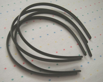 Black Plastic Headbands (12)