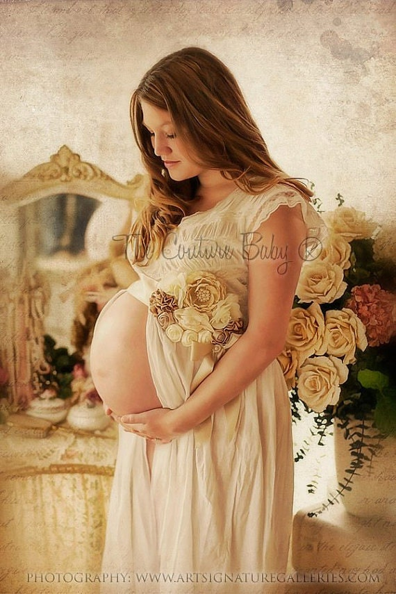 VINTAGE CREAM Maternity Pregnancy Photo Prop Couture Baby Sash for Belly Mom to Be Boy or Girl