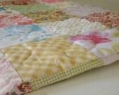 """benutzerdefinierte Liste für smuldaur1--Cottage Chic Patchwork Quilt--alle Baumwolle--92 """"X 92"""", rosa, gelb, floral, scrappy, traditionelle"""