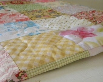 "Full size Quilt--Patchwork Quilt--Cottage Chic--square, picnic/double, All Cotton--81"" X 81"", pink, yellow, floral, scrappy, traditional"