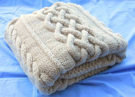 Chunky Hand Knit Double-strand Blanket, Off-white 48x64.