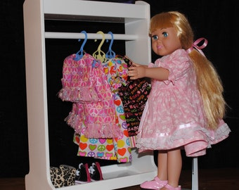 "Clothes Rack for 18"" Dolls"