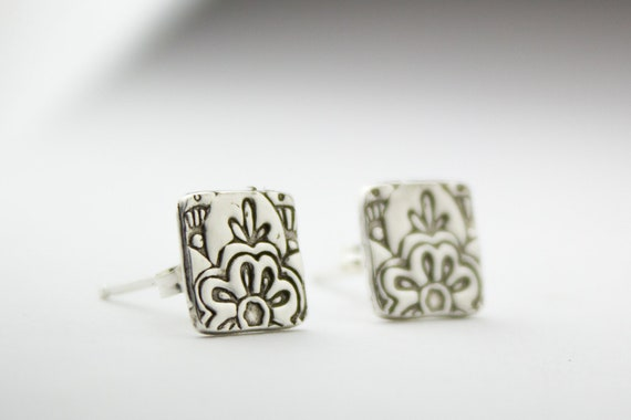 Square silver post earrings with floral mehndi print, mehndi earrings, lotus flower earring, square stud earrings