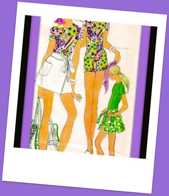 Vintage VOGUE Sewing Pattern 7773 / ADORABLE Wrap Mini Skirt & Jumpsuit - UNCUT - size 10/32