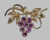 Vintage Purple Amethyst Grapes Pin Brooch