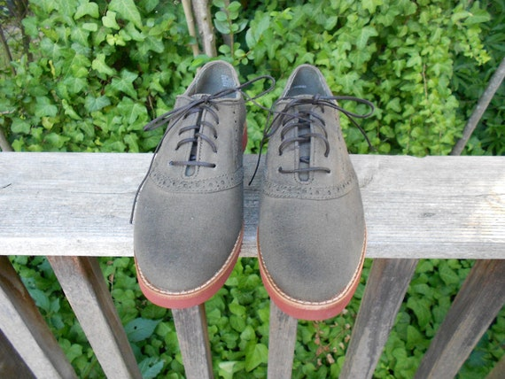 Vintage 1980s Olive Green Canvas Shoes, Size 8 1/2 M  Reserved for Pil
