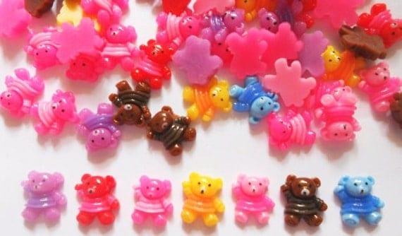 30 pcs - Cute Small Teddy Bear cartoon flatback cabochons findings - size 11 x 13 mm - Mix color