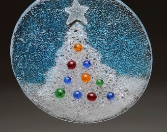 Glass Christmas Tree Holiday Hanging Ornament Fused comes in Gift box
