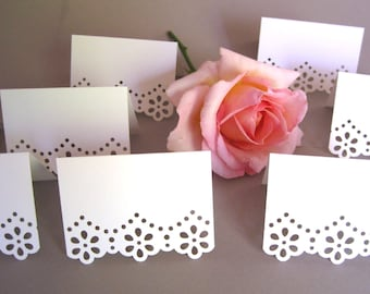 100 Blank Eyelet Flower /Tent Placecards, White or Ivory, Escort Cards/ Free Standing/ Wedding Placecards