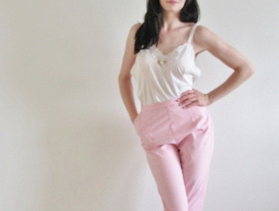 pink cotton cigarette pants . 1950 clamdigger capris .extra small.small xs .sale