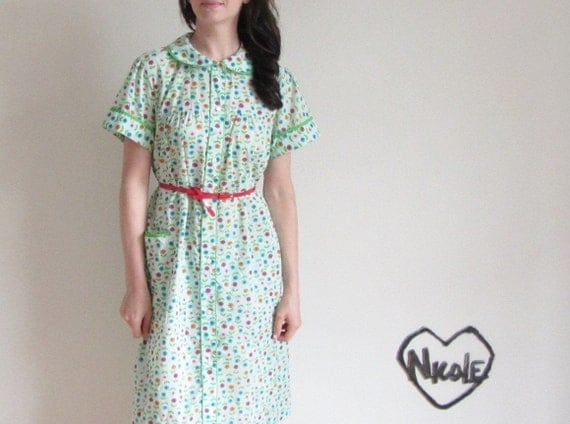 r e s e r v e d tulip print dress . peter pan collar . mint flower pattern .large.extra large