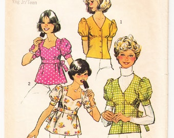 Vintage 1974 Simplicity 6401 Sewing Pattern Young Junior's, Teen's Tops Size 11/12 Bust 32