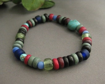 Men's Bracelet, Colorful Mens bracelet Featuring Skull Bead, Stretch Bracelet, Beaded Dude Bracelet,  MB 122