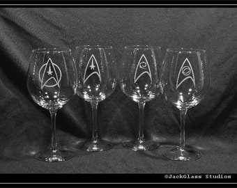 Star Trek TOS Wine Etched Glass set, Sci-Fi Gift set of 4 Starfleet Command Glasses by Jackglass on Etsy