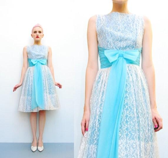 50s Lace Dress - Silver Floral Lace Party Dress - Blue Bow Waist - 1950s Prom Dress - Full Skirt Crinoline Dress - XXS XS
