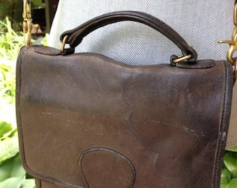 Vintage COACH Grey Leather Shoulder  Bag