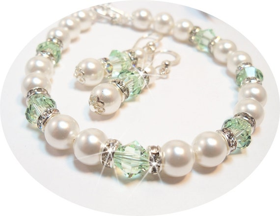 Mint Green, Crystal, Pearl, Bracelet and Earrings, Bridesmaid, Bridal, Jewelry Set, August Birthstone