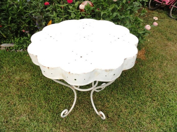 RESERVED FOR SUGARDOGDESIGNS Vintage Table Metal French Garden Patio Hand Punched Design White Scalloped Shape