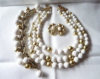 Vintage Chunky Lucite Parure Necklace, Earrings and Bracelet on Etsy