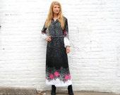 Vintage 70's Maxi Granny Hostess Dress M Peasant Style - Rose Print