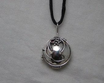 Elena's vervain locket Sterling silver garney aroma locket