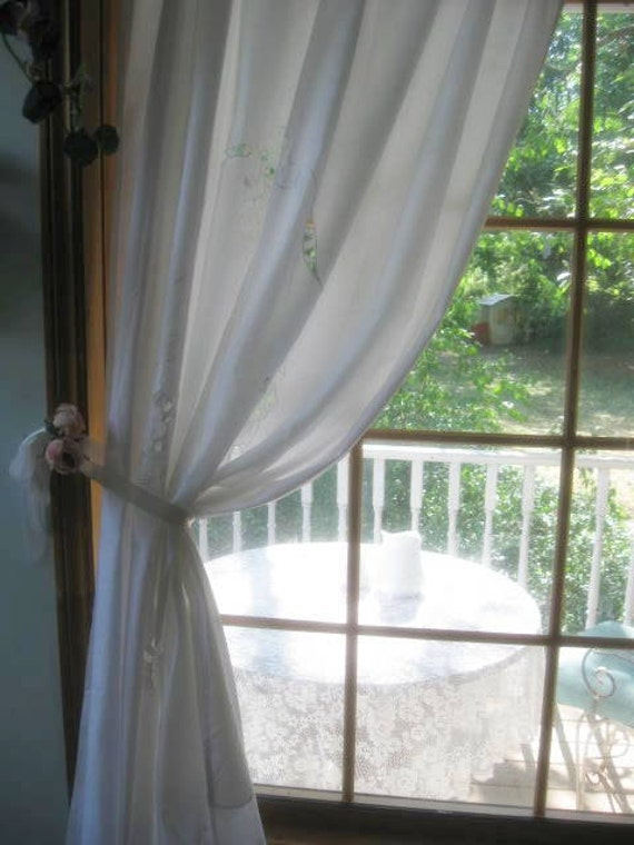Curtain Panel, Curtain, Window Cover, French Country, Open Cutwork, Shabby Cottage, by mailordervintage on etsy
