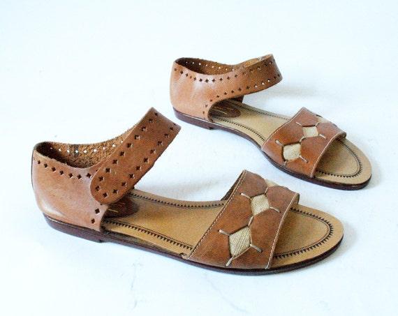 Vintage Leather Sandals Size 8.5 Ankle Strap Diamond