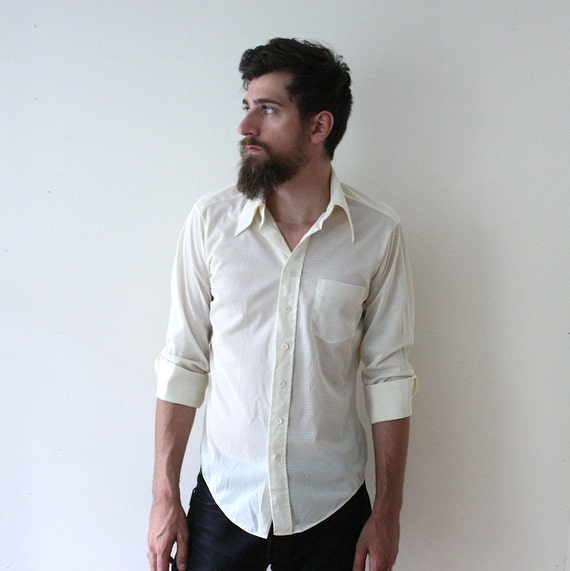 Vintage 70s Men's Ivory White Button-Up Shirt